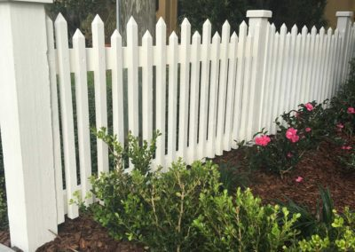 Custom_White_Picket_Fence