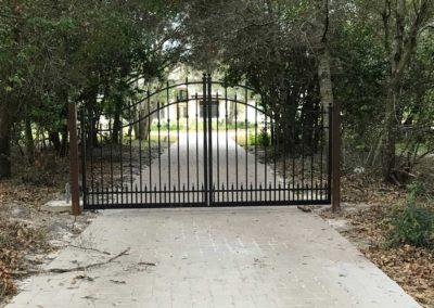 Metal_Driveway_Gate